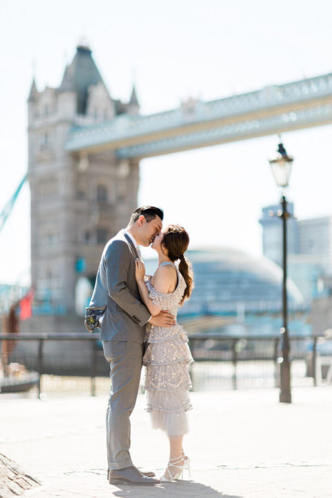 Tower Hill Couple Photoshoot 9